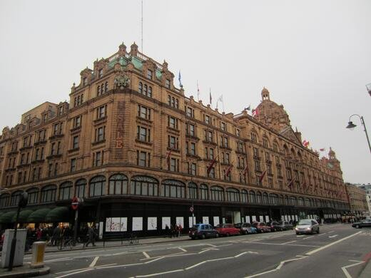 Harrods Set For 200m Refurb Iceland To Open 400 The Food Warehouse Stores And Swindon S Green Light For A New Ski And Leisure Complex